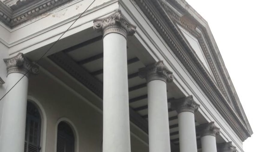 Danis Colonial architecture
