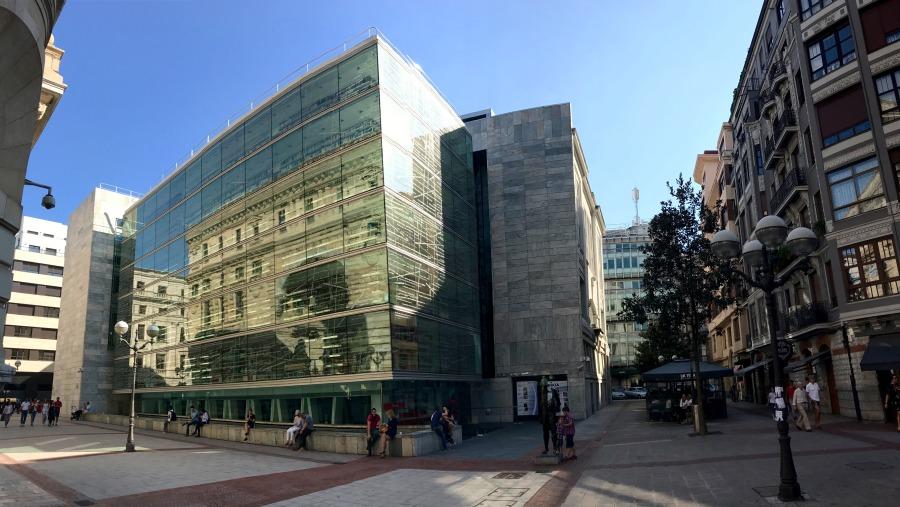 Bilbao, Diputación Street & Library