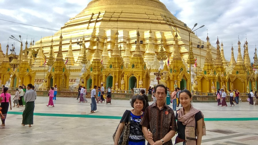 Amazing Myanmar tour guide & driver