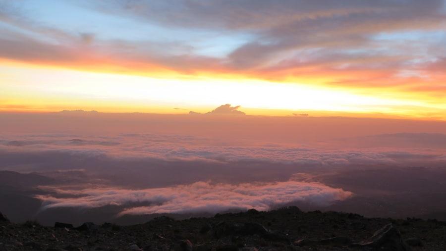 Amanecer en un Volcán de 4,220 metros