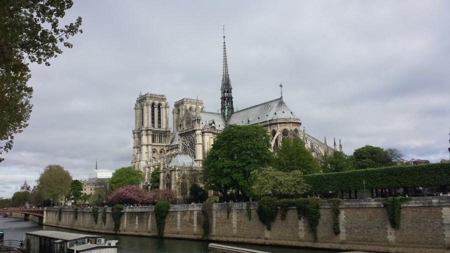 guia paris francia