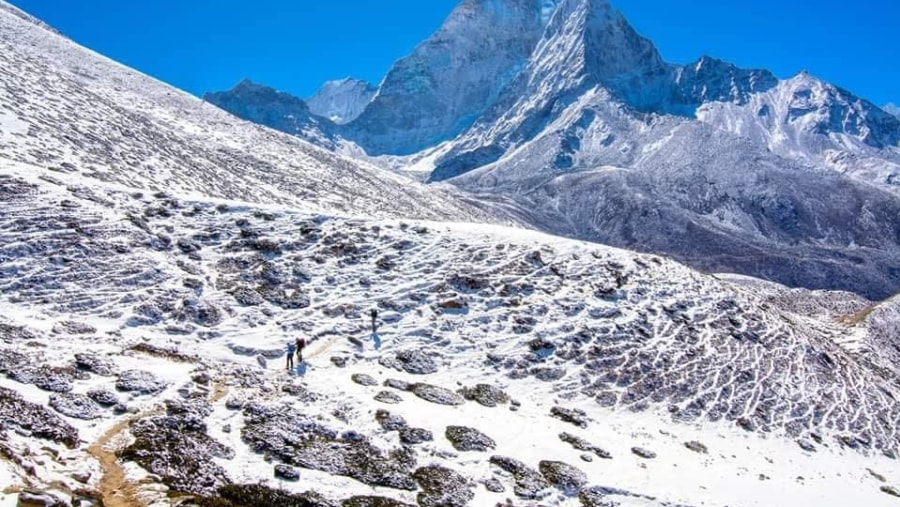 Dingbhue with Amadablam View