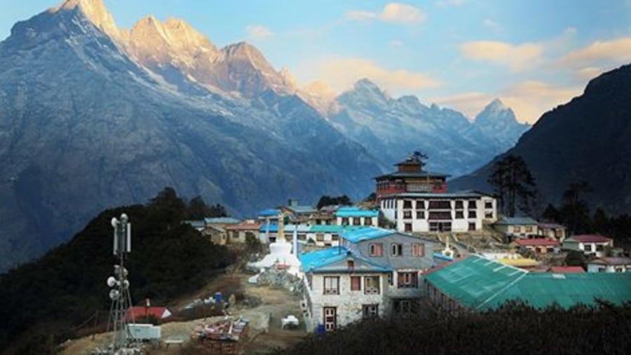 Best tour organizer for Everest region