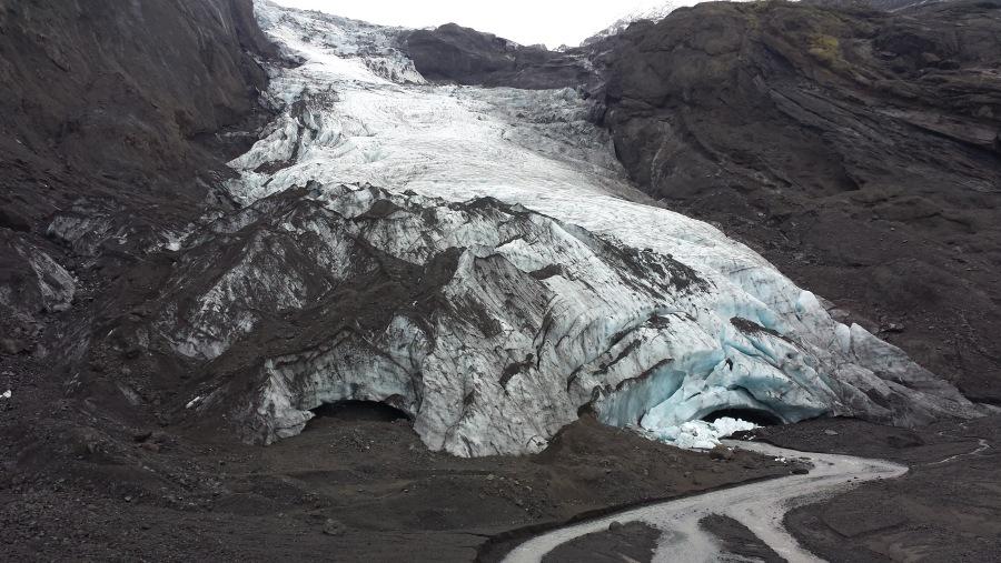 Gigjokull glacier tongue.