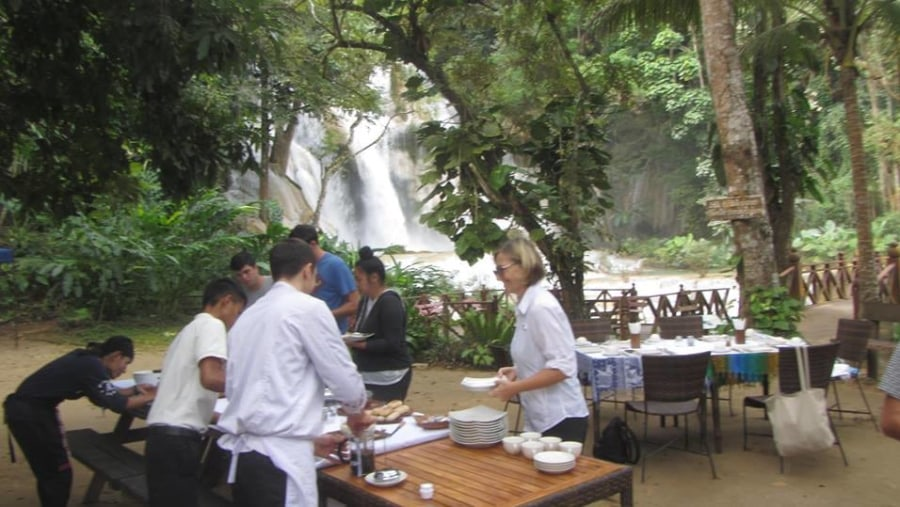 Breakfast served at Kuang Si waterfall