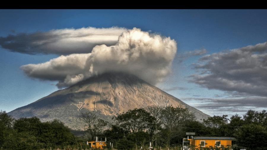 Erupcion of the volcano Concepcion