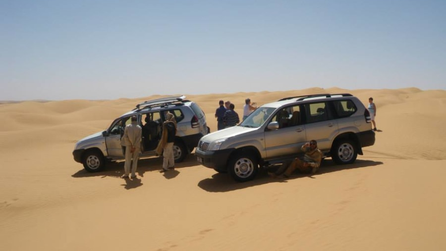 4Weel drive in the sahara