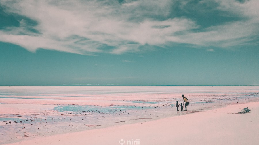 Salary Bay, White sand, family pictures