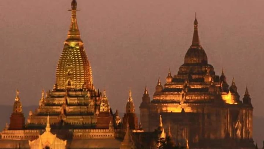 famous temples in Bagan