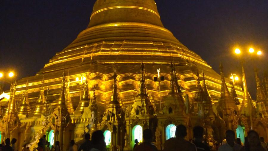 Magical Moment @ Shwedagon