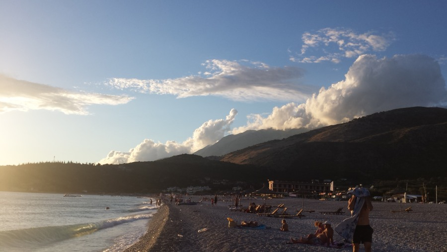 Livadh bay,himare