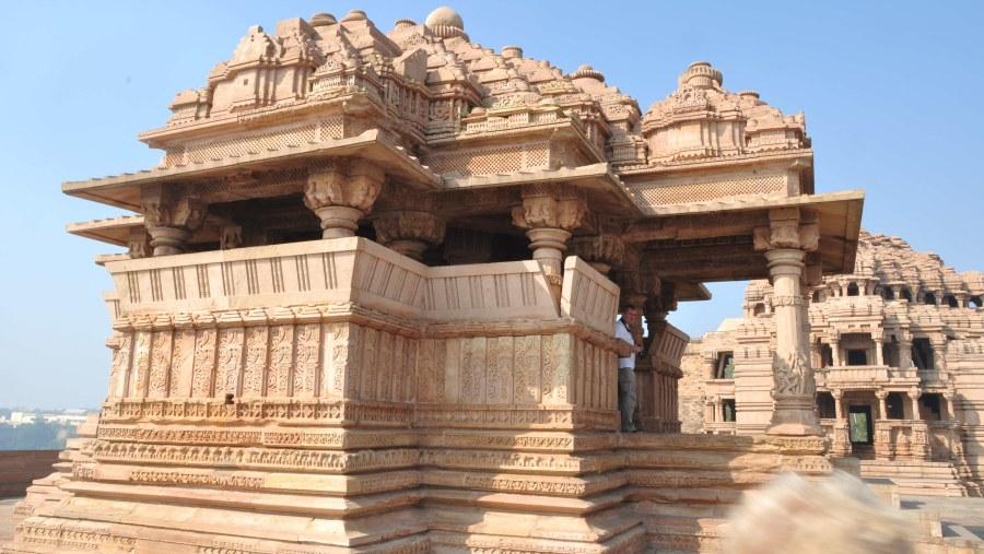 Sahasra Bahu Temple