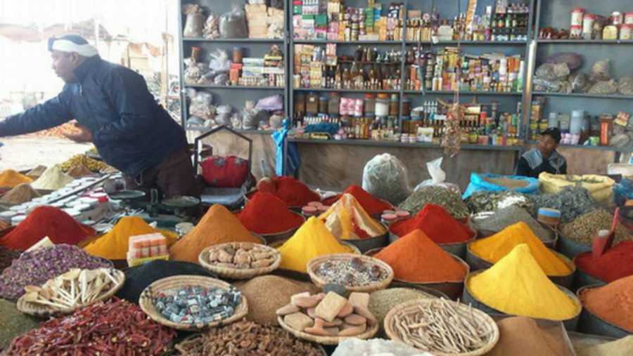 Spice seller at the Berber souk