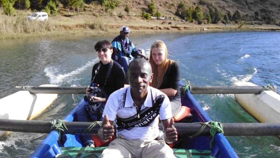 speedy motor boat tour in lake Andraikiba