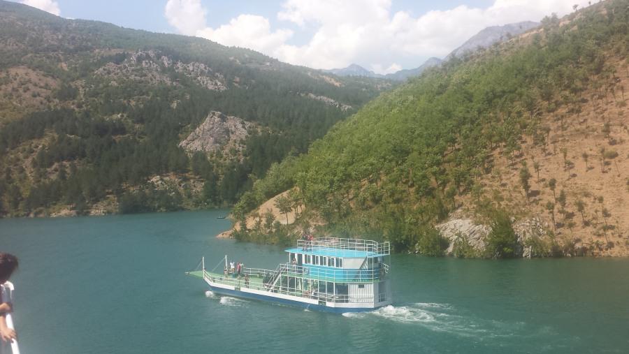 Koman-Fierz lake, ship tour amazing experience