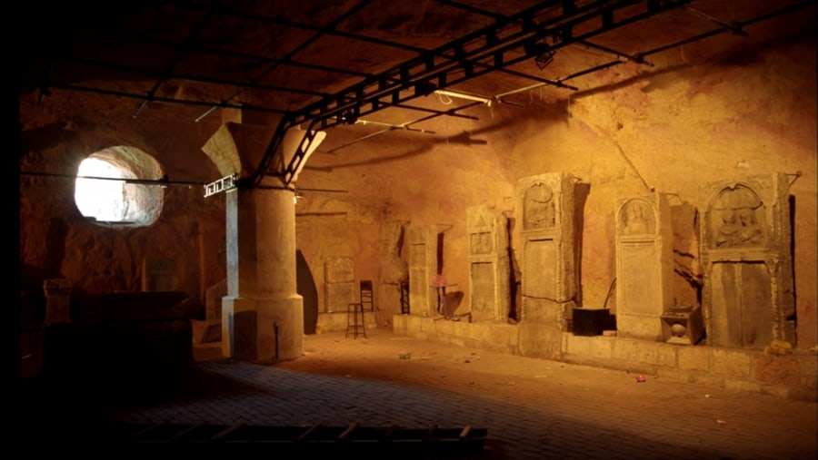 Exhibition of ancient Roman monuments