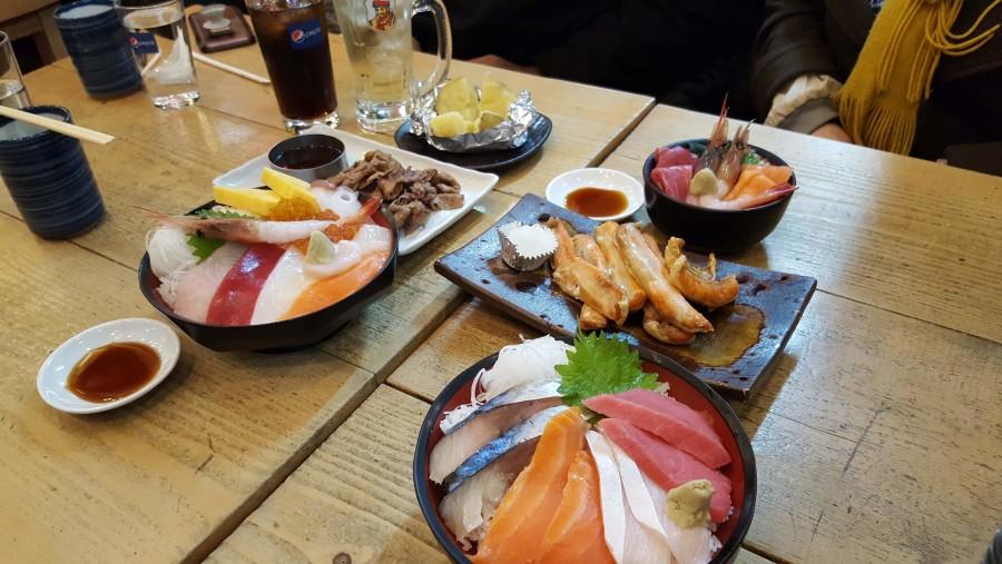 Sapporo Seafood donburi and fry salmon
