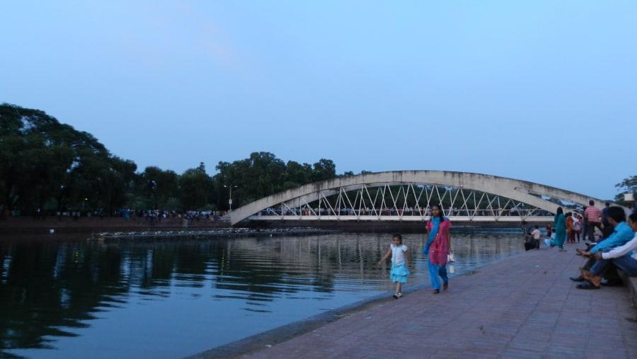 Hanging bridge on Crescent  Lake