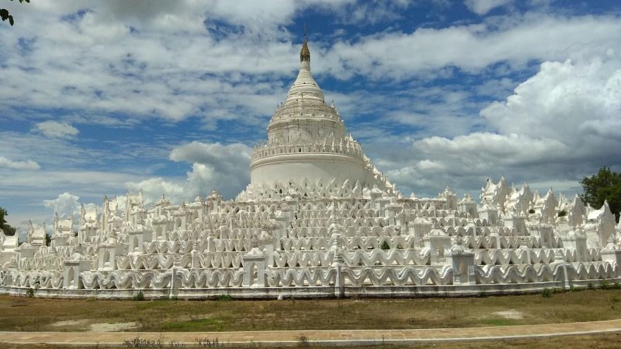 Hsinphyumae Pagoda(White Temple)