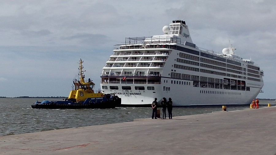 One of the ships that docked at Rio Grande Port during the 2013-2014 season.