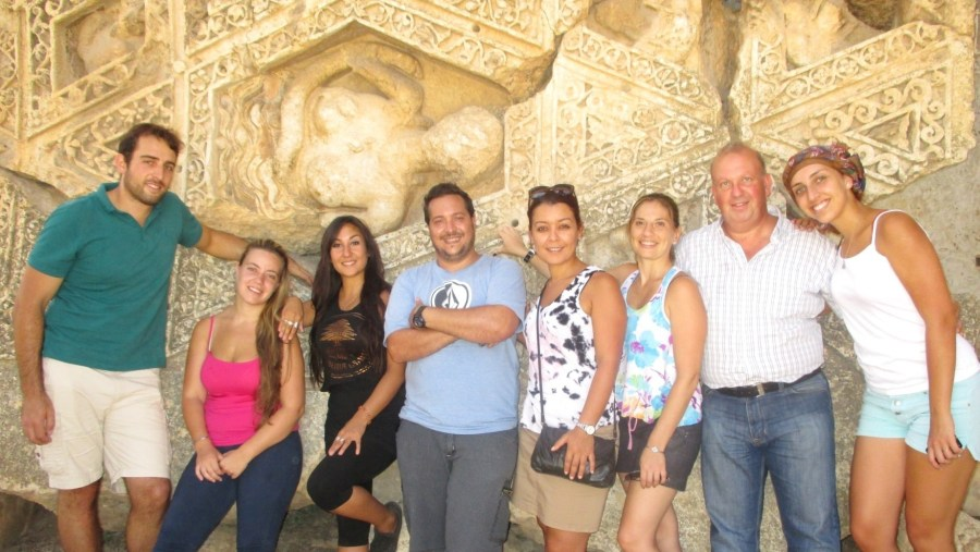 Young Argentinian Lebanese in the Temple of Bacchus in Baalbek (2014-08)