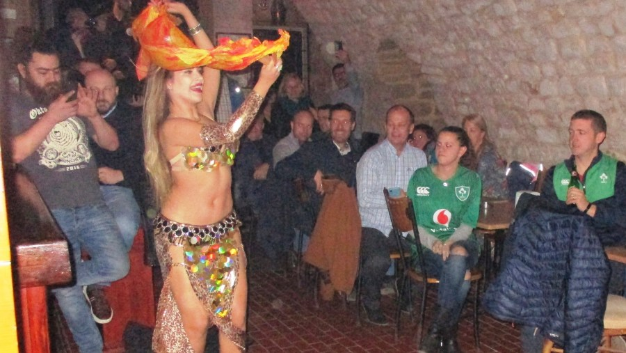 Argentinian Lebanese belly dancer in Sour - Tyre (2020-02)