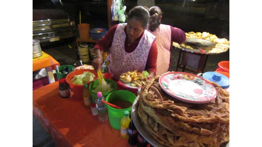 Tacos Placeros y deliciosos Buñuelos