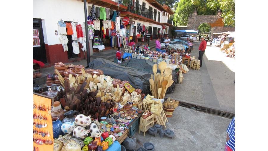 Tianguis, mercado en la calle