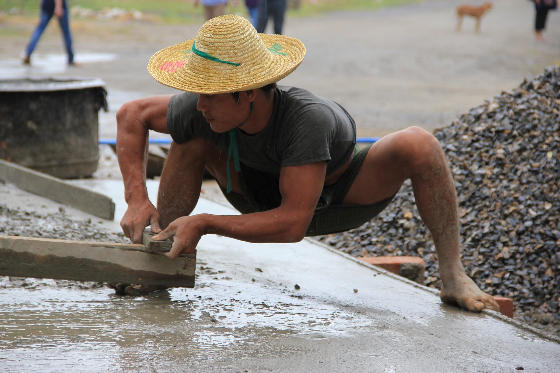Craftsman at Naung Pein village