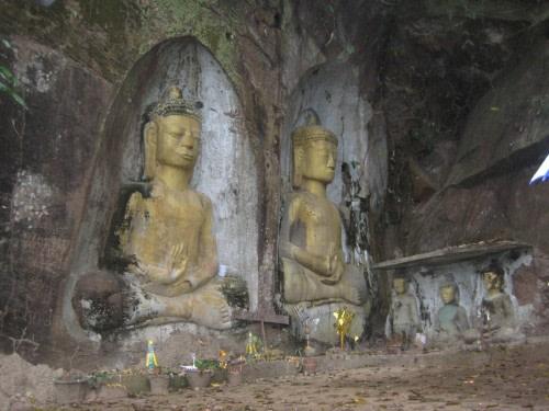 Bas Reliefs at Vang Seng