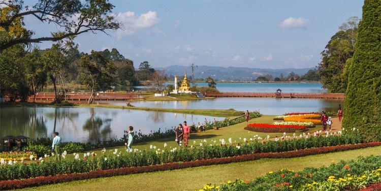 Kandawgyi Garden