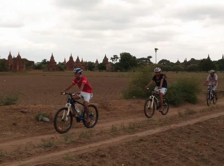 Sandy roads of Bagan