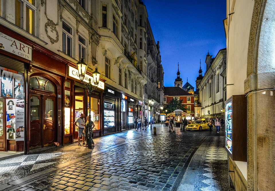 An evening on the streets of Prague