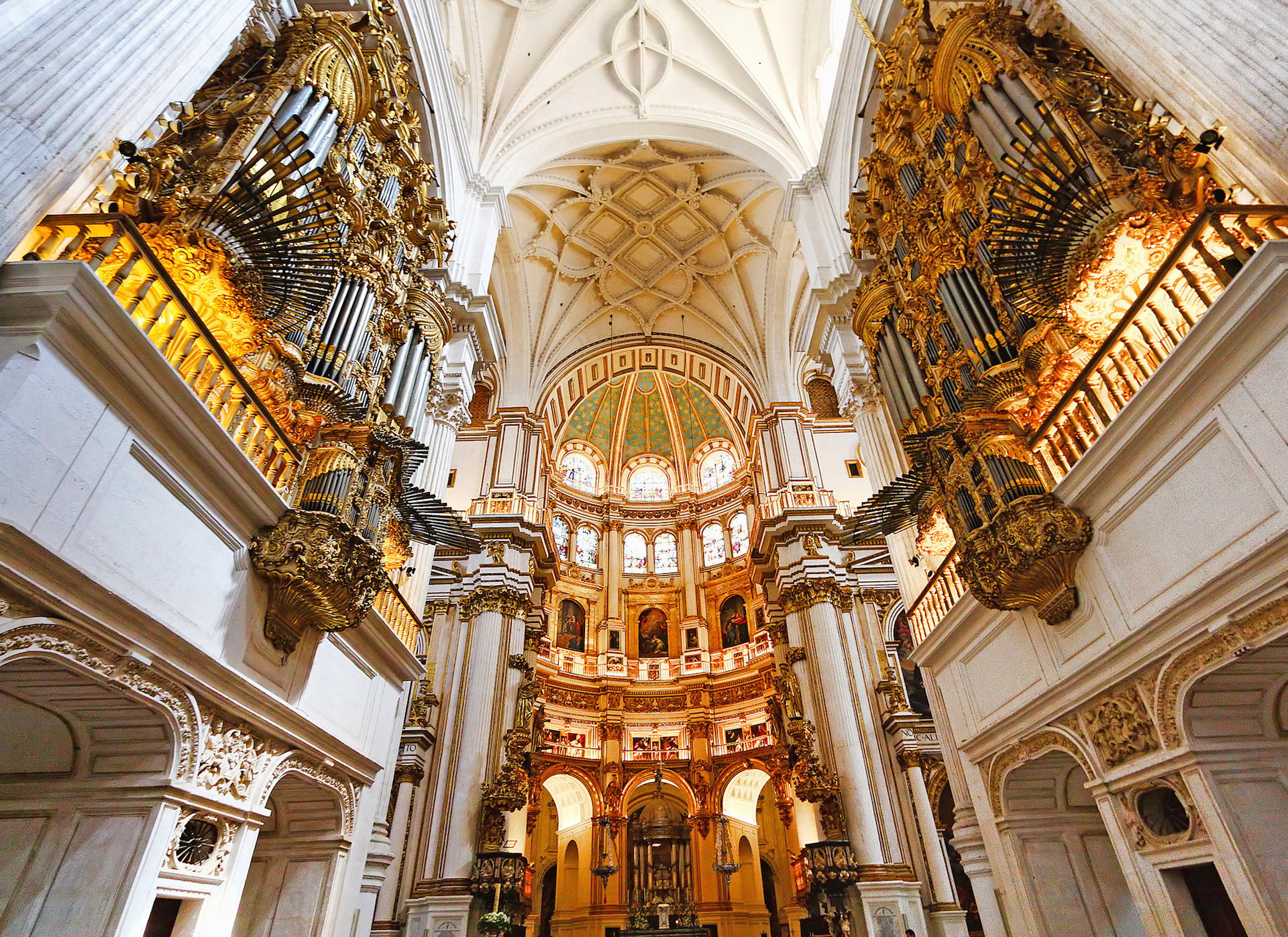 Marvel at the architecture of Catedral de Granada