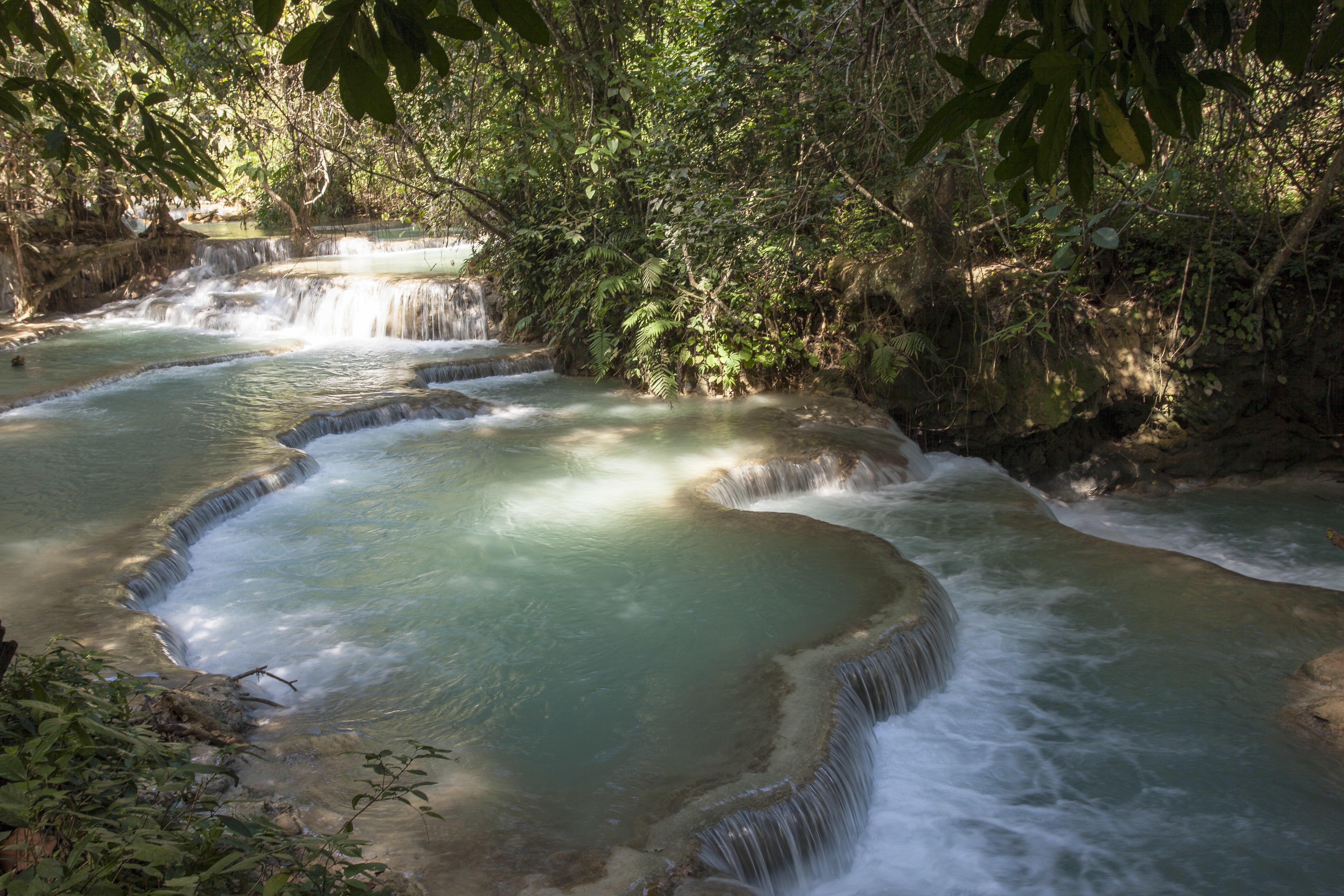 Enjoy at Kouangsi waterfall