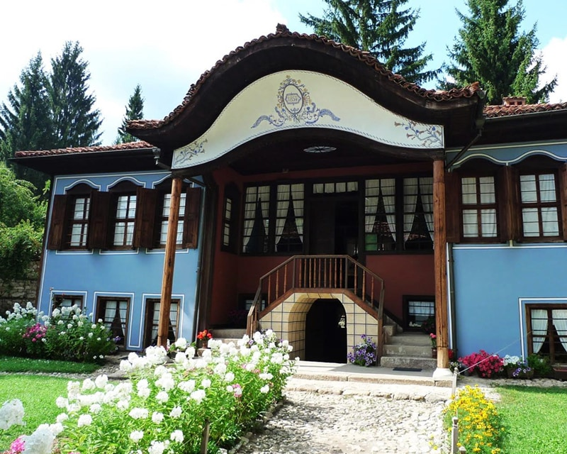Lutov House
