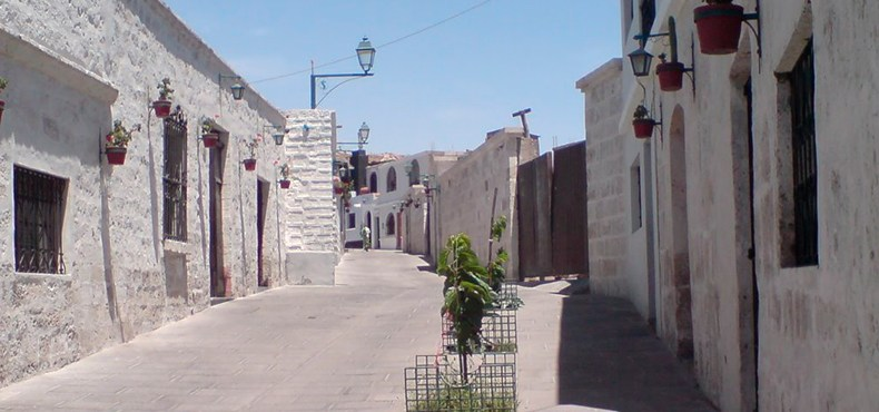Stroll through the Streets of Arequipa, the White City of Peru