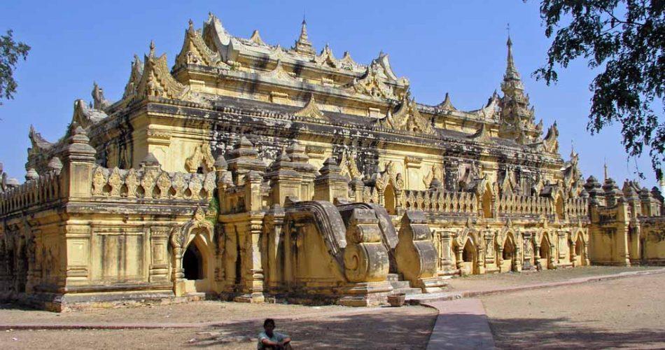 Maha Aung Myay Bonzan Monaster