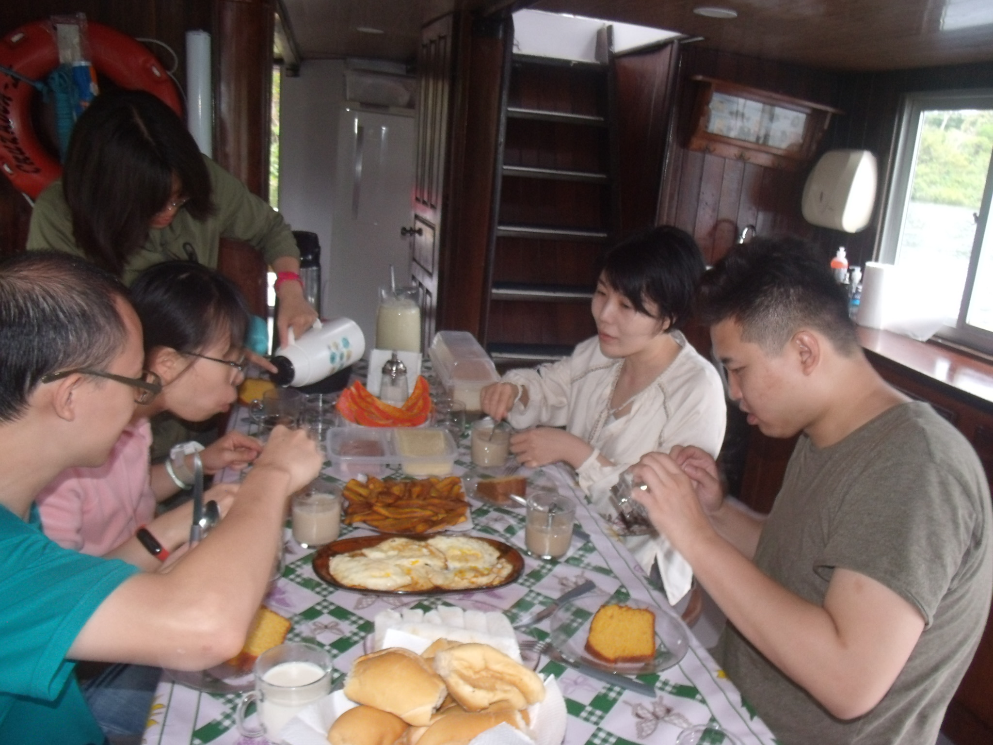 Savouring local dishes