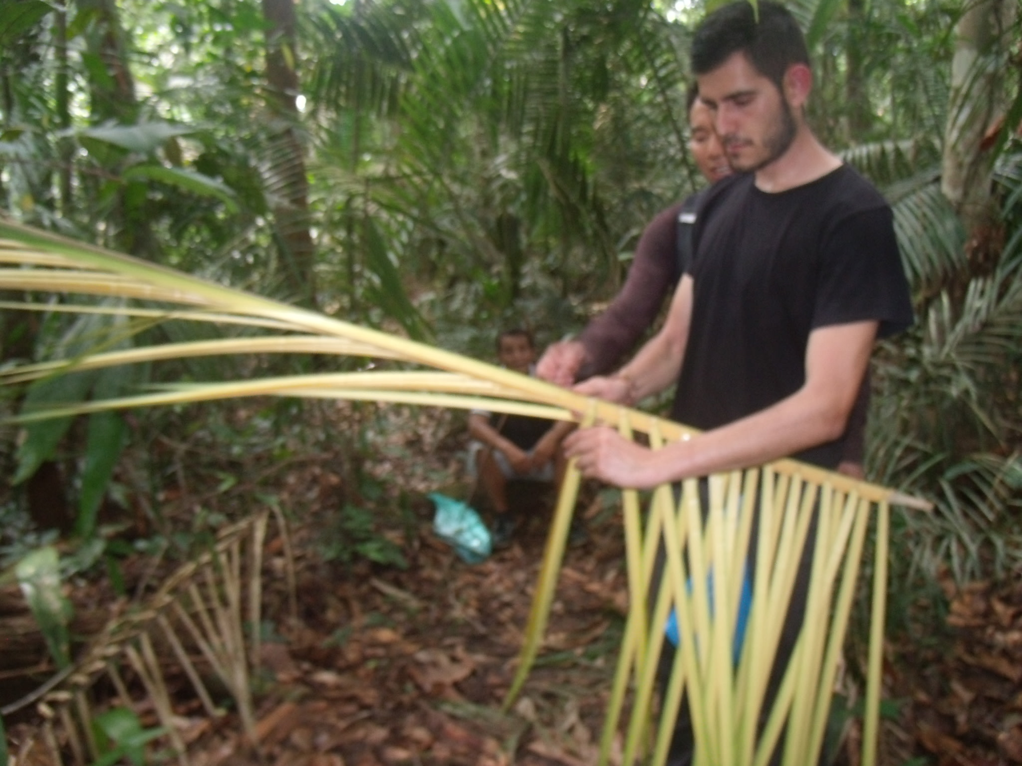Learning to weave Palm Leaves