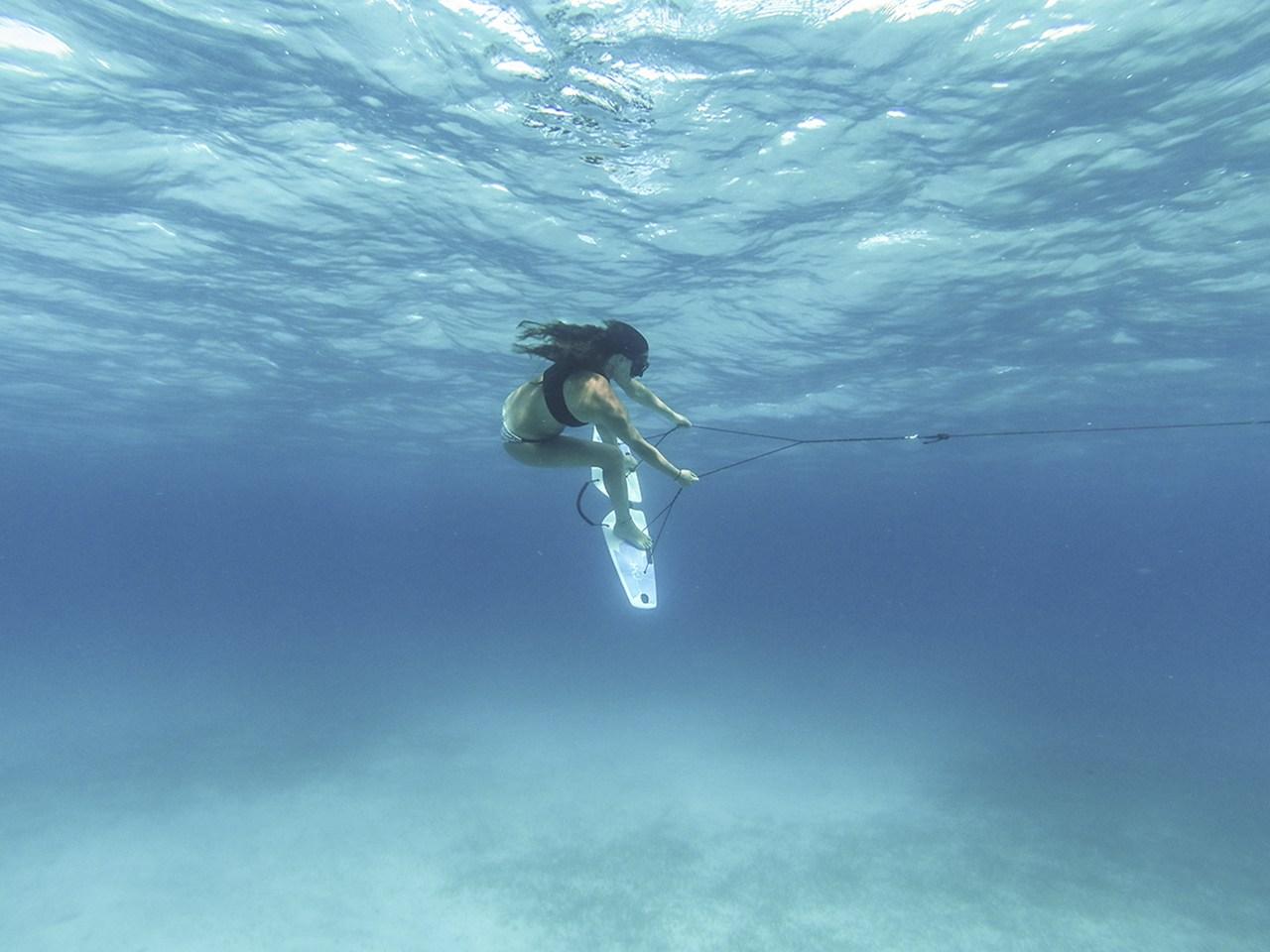 Ski underwater