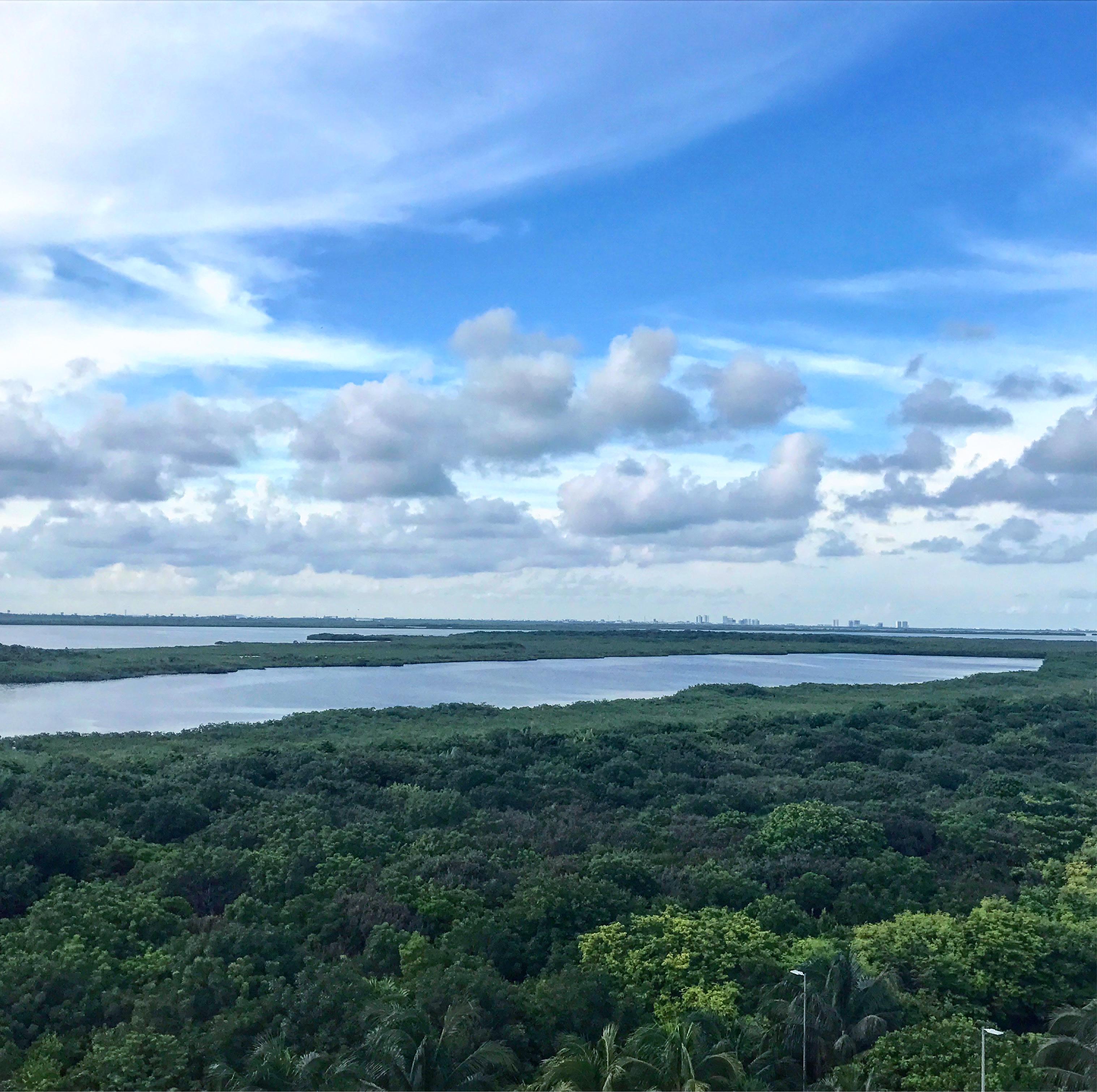 Lagoon Nichupte, Mexico