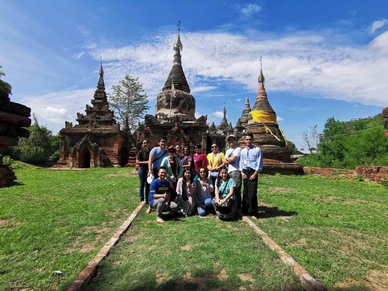 Visit Ancient Temples in Mandalay, Myanmar