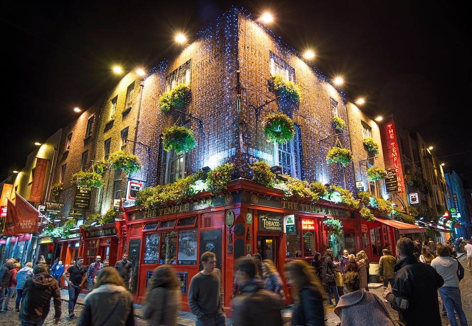 The famous Temple Bar of Dublin