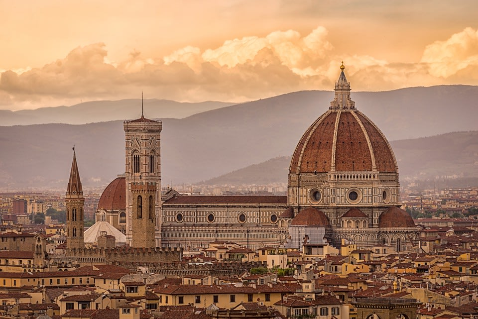 Admire the landmarks of Florence