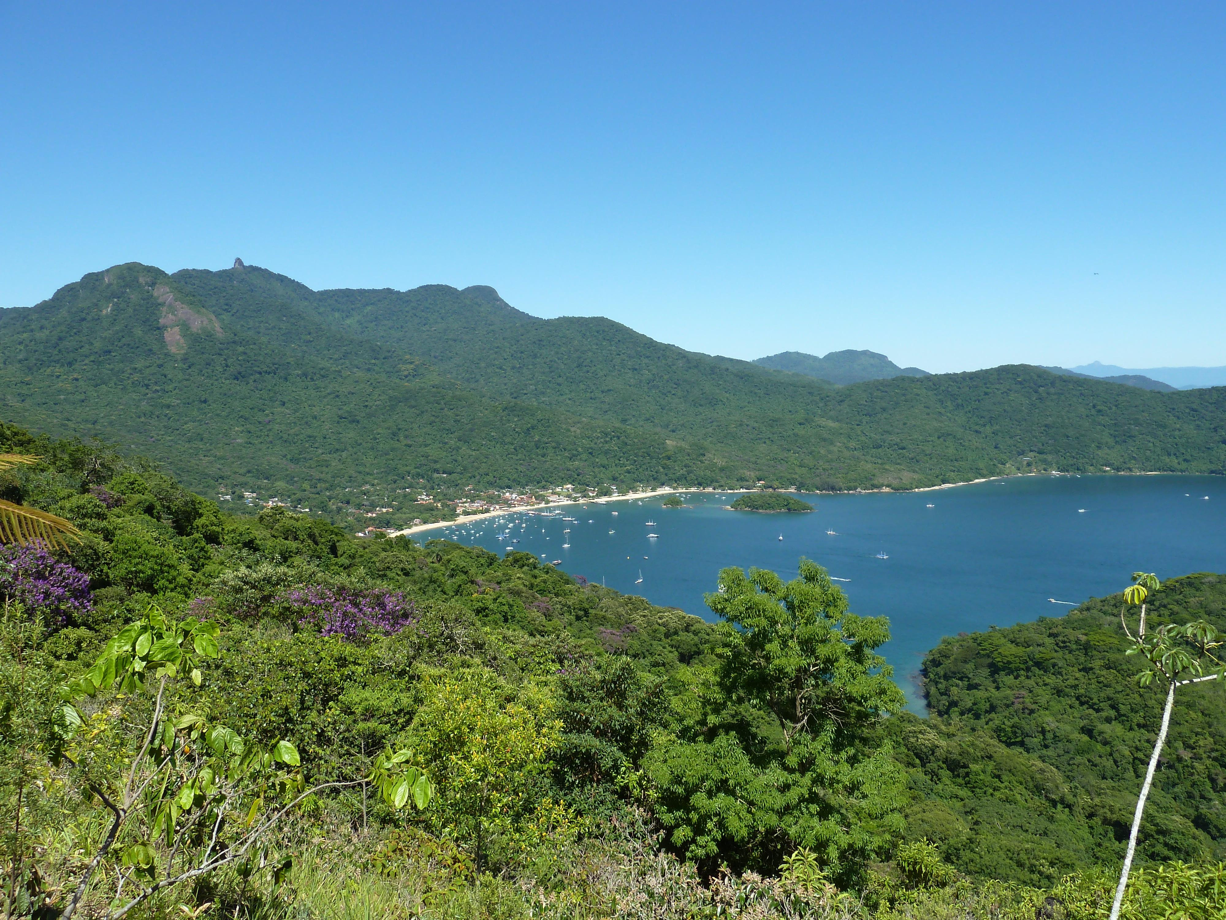Capture the Magnificent Vistas from Ilha Grande Peak