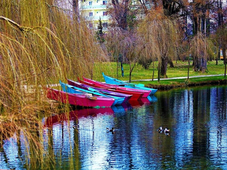 Boatinf in Pogradec