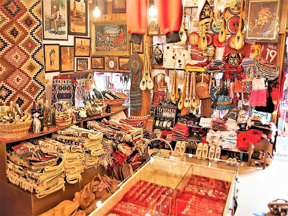 Market in Kruje
