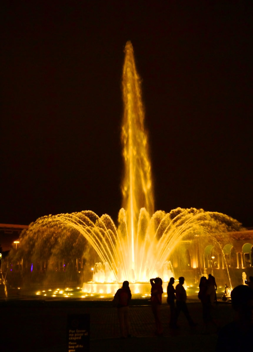 Magic Water Circuit Fountain Show