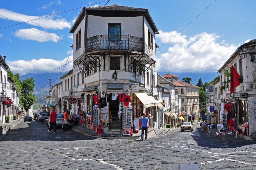 Stroll through the city of Gijrokaster